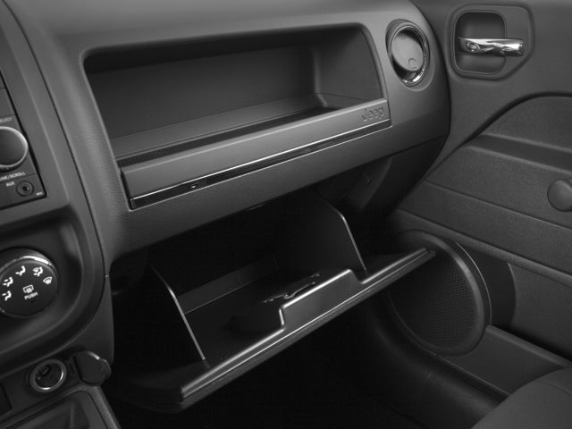2017 jeep patriot in des moines ia near ankeny. Black Bedroom Furniture Sets. Home Design Ideas